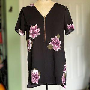 Floral Zip Short Sleeve Blouse